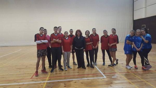 Успех на Общински ученически игри 2017/2018 - бадминтон